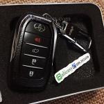 กรอบ-เคส ใส่กุญแจรีโมทรถยนต์ All New Toyota Fortuner/Camry 2015-17 Smart 4 ปุ่ม โลโก้_เงิน สีดำ