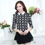 ( Size : L ) เสื้อทำงานสวยๆแฟชั่นเกาหลี เสื้อเชิ้ตสีดำ ลายดอกไม้ แขนยาว ปลายเสื้อแต่งระบาย ผ้าโพลีเอสเตอร์