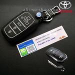 ซองหนังแท้ ใส่กุญแจรีโมทรถยนต์ Toyota Hilux Revo Smat Key 3 ปุ่ม รุ่น ด้ายสีดำ/ขาว