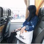 กระเป๋าถุงผ้าถือ สะพายใหล่ สไตล์เกาหลี แบบน่ารักๆ LOGO MHL สีขาว