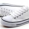 [พร้อมส่ง]รองเท้าผ้าใบแฟชั่น สีขาว-ขอบดำ รุ่น 191