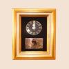 ของที่ระลึก กรอบสั่งทำพิเศษ (กรอบทอง) (ขนาด : 7 x 9 นิ้ว )