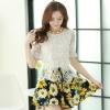 ชุดเดรสสั้นลายดอกไม้ เสื้อผ้าลูกไม้สีขาว เย็บต่อด้วยกระโปรงสั้นลายดอกไม้สีเหลือง เป็นชุดเดรสแฟชั่นน่ารักๆ สไตล์เกาหลี ( S,M,L,XL,)