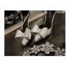รองเท้าแฟชั่นส้นสูง หัวแหลม ติดโบว์ สีเงิน ไซส์ 35 - 39 (Pre)
