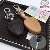 ซองหนังแท้ ใส่กุญแจรีโมทรถยนต์ Toyota Vigo,Vios,Commuter,Hiace,Yaris ดอกกุญแจ รุ่น 2 ปุ่ม