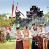 ประวัติวันสงกรานต์ ปีใหม่ไทย ชื่อนางสงกรานต์ การทำบุญตักบาตรและการสร้างกุศลด้วยการปล่อยนกปล่อยปลาในวันปีใหม่ไทย 13 เมษายน เป็นวันมหาสงกรานต์ 14 เมษายน เป็นวันเนา บางแห่งเรียกว่า วันเน่า 15 เมษายน เป็นวันเถลิงศก หรือวันพญาวัน