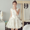 ชุดเดรสออกงาน ชุดไปงานแต่งงาน สีขาว ลายดอกไม้ แขนกุด แนวสวยหวาน ดูดี