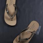 รองเท้าแตะ ผู้ชาย Abercrombie & Fitch สีน้ำตาลอ่อน ไซส์ 41 - 43
