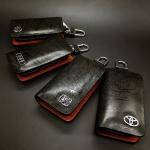 กระเป๋าซองหนังแท้ ใส่กุญแจรีโมทรถยนต์ Cowhide โลโก้ - เงิน สีดำ