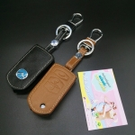 ซองหนังแท้ ใส่กุญแจรีโมทรถยนต์ Mazda 2,3 พับข้าง โลโก้ฟ้า รุ่น 3 ปุ่ม