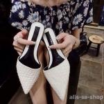 รองเท้า ส้นแบนหัวแหลม แบบใหม่ สีขาว ไซส์ 38