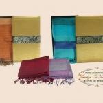 ของที่ระลึก ผ้าเปลือกไหมพร้อมกล่องผ้าไหม ขนาด 16 x 65 นิ้ว