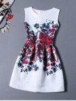 ชุดเดรสสั้นน่ารักๆสีขาวพิมพ์ลายดอกไม้ แขนกุด แฟชั่นสไตล์เกาหลี