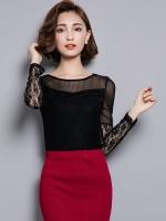 เสื้อทำงานสีดำ คอกลม แขนยาว แขนเสื้อแต่งลูกไม้ ผ้ายืดตามตัว สวยหรู ดูดี