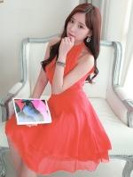 ชุดเดรสสั้นสีส้ม แขนกุด คอเต่า เอวเข้ารูป ผ้าชีฟอง กระโปรงบานพริ้ว น่ารัก