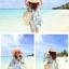 ชุดเดรสสั้นใส่เที่ยวทะเลสวยๆ โทนสีฟ้าลายดอกไม้ เว้าไหล่ ทรงปล่อย thumbnail 6