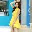 ชุดเดรสสั้นสีเหลือง ผ้าชีฟอง คอจีน ชายกระโปรงจับจีบเป็นระบาย ลุคสาวหวาน เรียบๆ ดูดี thumbnail 5
