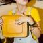 กระเป๋า สะพายไหล่ Messenger สีเหลือง thumbnail 3