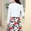 ชุดเดรสทำงานเกาหลี เดรสสั้นพิมพืลายดอกไม้สีแดงดำ มาคู่กับเสื้อสูทตัวสั้นสีขาว เนื้อผ้าดี ทำให้คุณสาวๆ ดูสวยง่า ( M L XL XXL ) thumbnail 4