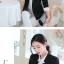เสื้อสูททำงานผู้หญิงสีดำ แขนยาว ปลายแขนแถบสีขาว ทรงสวย ลุคเรียบๆ สวย ดูดี เรียบร้อย thumbnail 4