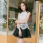 ชุดราตรีสั้น ชุดออกงาน ชุดเดรสแฟชั่นเกาหลี ชุดเดรสน่ารัก ชุดเดรสออกงาน ชุดเดรสสั้น เสื้อสีขาว แขนกุด เย็บติดกระโปรงสีดำ ( S,M,L,XL ) thumbnail 7