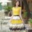ชุดเดรสยาวสีเหลือง กระโปรงพิมพ์ลายดอกไม้ ผ้าชีอง เสื้อแขนสั้น คอกลม แนวหวาน thumbnail 1