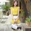 ชุดเดรสยาวสีเหลือง กระโปรงพิมพ์ลายดอกไม้ ผ้าชีอง เสื้อแขนสั้น คอกลม แนวหวาน thumbnail 3