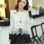 เสื้อแฟชั่นเกาหลีน่ารักๆ เสื้อแขนยาวลูกไม้ สีขาว ขาว คอกลม ปลายเสื้อแต่งด้วยผ้าแก้ว, S M L thumbnail 4