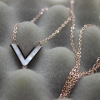 Super V Noir necklace