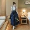ชุดเอี๊ยมกระโปรงยาว ผ้ายีนส์แฟชั่น ลายมิกกี้ กระดุมหน้า ทรงสวยน่ารัก สไตล์เกาหลี