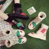 [มีหลายสี] รองเท้าบูทสั้นผู้หญิง ทรงมาร์ติน หนังpu ด้านในเป็นไหมพรมหนานุ่มกันหนาว สวยน่ารัก แฟชั่นสไตล์เกาหลี