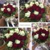 ช่อดอกกุหลาบ สีขาวแดง