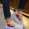 รองเท้ามีไฟ รองเท้า LED สีขาว มีแถบสีแดงดำ เปลี่ยนสีได้ 11 สี สินค้าพรีออเดอร์