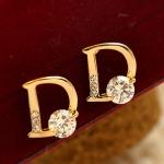 ต่างหู Dior ประดับเพชร