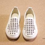Pre-order รองเท้า / แพ็คละ 5 คู่ / สีขาว