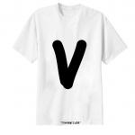 เสื้อยืด ตัวอักษร V