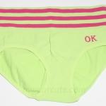 กางเกงในหญิง ลายเส้น Logo OK สีเขียวอ่อน