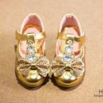 Pre-order รองเท้า / แพ็คละ 5 คู่/ Size36-30 / สีทอง