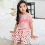 ชุดเด็ก เสื้อสีชมพูกางเกงขาวชมพู ยกแพ็ค 5 ชุด (ราคา 200 บาท/ชุด) ขนาด 110-150