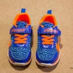 Pre-order รองเท้า / แพ็คละ 6 คู่ /Size32-37/ สีน้ำเงิน
