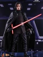 04/10/2017 Hot Toys MMS438 Star Wars: The Last Jedi - Kylo Ren