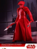 16/12/2017 Hot Toys MMS454 STAR WARS: THE LAST JEDI - PRAETORIAN GUARD (WITH DOUBLE BLADE)