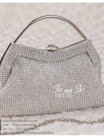bs0016 กระเป๋าคลัช สีเงิน กระเป๋าออกงานพร้อมส่ง ราคาถูกกว่าเช่า แบบสวยๆ ดูดีเหมือนดาราใช้