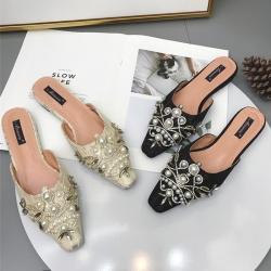 [มี2สี] รองเท้าคัทชู ส้นแบน ลายลูกไม้ หน้าแต่งเพชร แต่งอะไหล่มุกสวยหรู