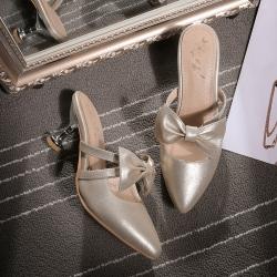 [มีหลายสี] รองเท้าคัทชูหัวปิด ทำจากหนังไมโครไฟเบอร์คุณภาพสูง หน้าคาดโบว์สไตล์สาวหวาน ส้นสูง 2.5 นิ้ว
