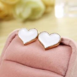 ต่างหูแฟชั่น หัวใจสีขาว