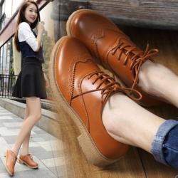 [มีหลายสี] รองเท้าหนังส้นเตี้ย แบบร้อยเชือก ไล่ระดับสีเล็กน้อย แฟชั่นสไตล์วินเทจ