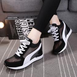 [มีหลายสี] รองเท้าหนัง pu คุณภาพสูง ทรงสปอร์ต ลายตาข่ายระบายอากาศ รุ่นไม่หุ้มข้อ เสริมส้นสูงด้านใน 5 ซม. สวย เท่ สไตล์เกาหลี