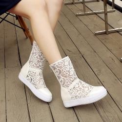 [มีหลายสี] รองเท้าบูทสั้น พื้นหนา แฟชั่นหนัง pu ลายลูกไม้ ทรงสวยเรียบๆ ซิปด้านหลัง