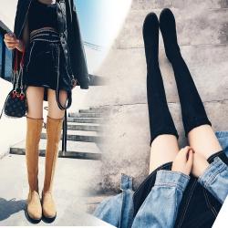 [มีหลายสี] รองเท้าบูทยาวผู้หญิงส้นเตี้ย แฟชั่นหนังนิ่ม ผูกเชือกด้านหลัง ส้นสูง 1.5 นิ้ว